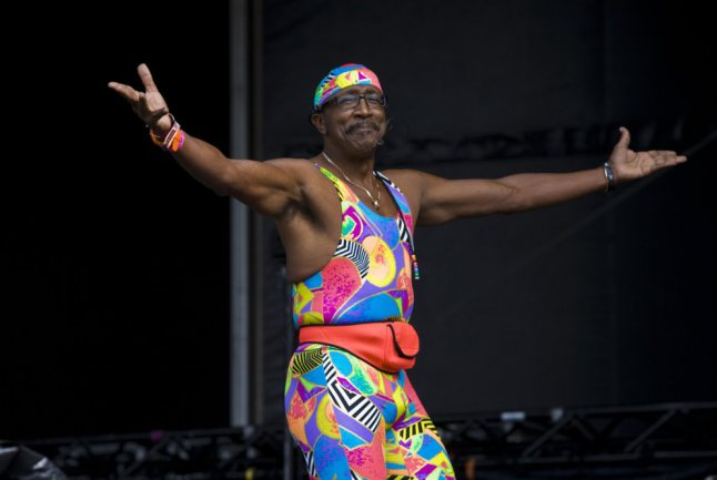 mr-motivator-bestival-by-claire-weir_mg_5898