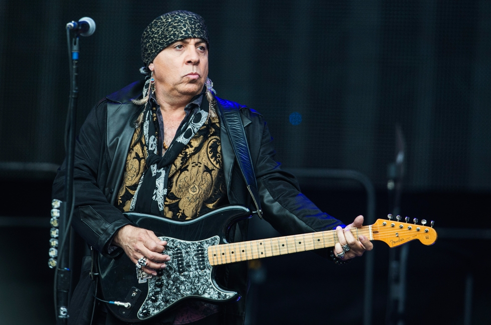 steven-van-zandt-perform-ricoh-arena-june-2016-billboard-1548